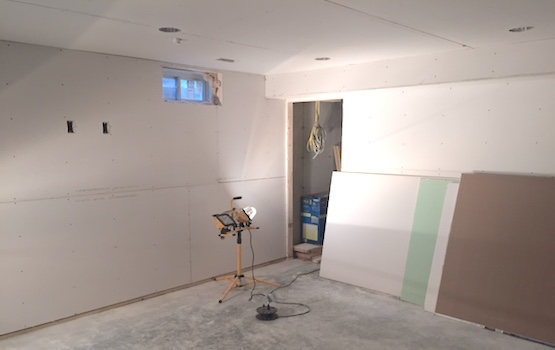 use drywall for basement finishing